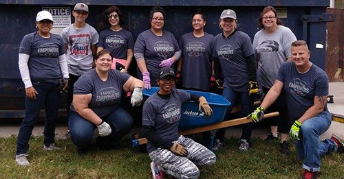 11.18_United_Way_Cleanup_.jpg